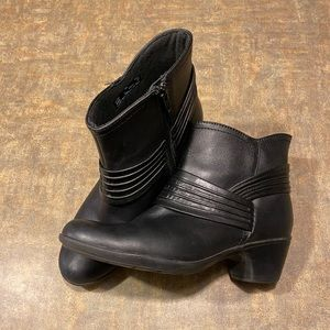 Clarks Ingalls Ankle Boots